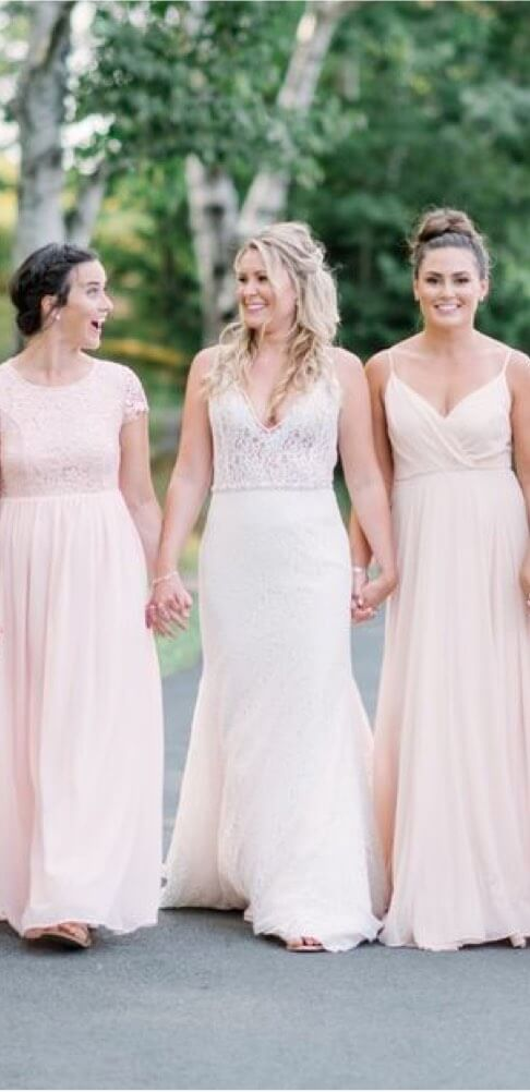 Photo of our bride and her bridesmaids